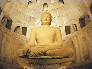 https://philiptodd121.files.wordpress.com/2014/03/46f6a-statueinseokguram.jpg